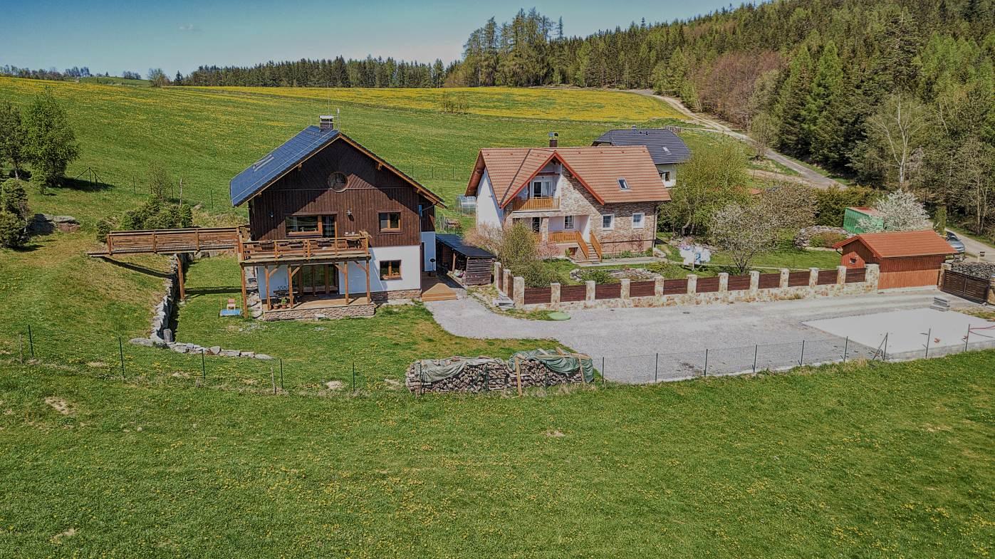 Prodej dvougeneračního RD 8+2kk s terasami na Šumavě v obci Libětice
